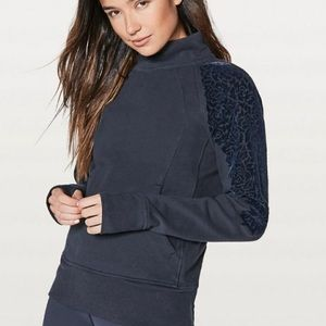⭐️Lululemon Velvet Detailed Athletic Sweatshirt